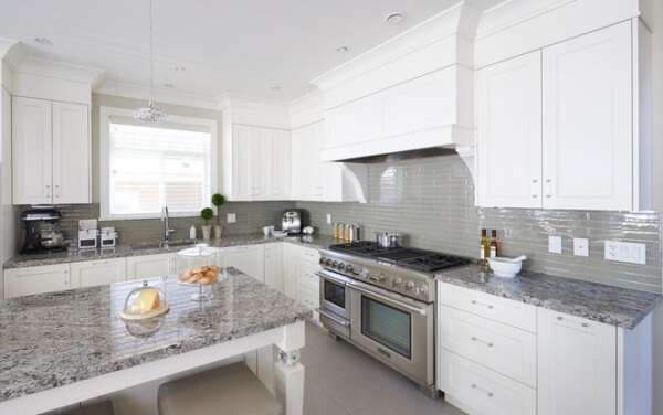 Kitchen Designs Splashguard