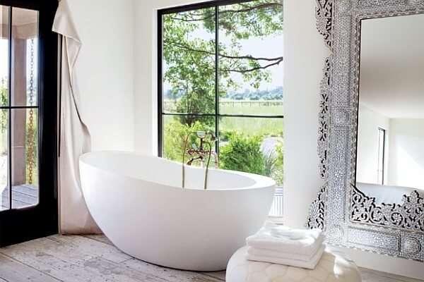 klasik-beyaz-banyo-dekorasyonu-ornekleri