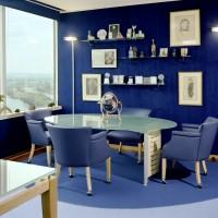 Mavi ile lüks bir tasarım yapılmış