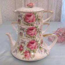 En güzel porselen çay setleri konusunda bulunan iki kişilik cay