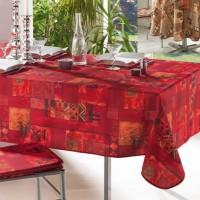 kırmızı masa örtüsü ve sandalye minderi