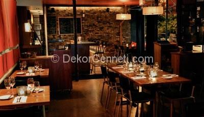 Oscar Bar Cafe