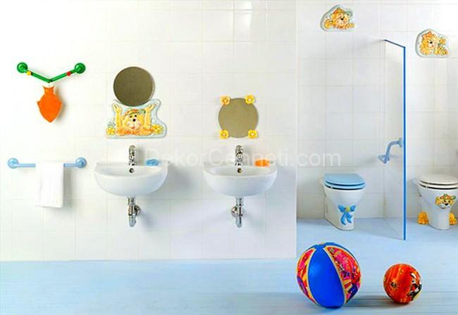 Cool kids bathroom
